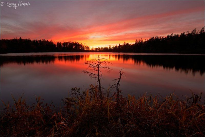 Гора шпамберг, Озеро моховое, Сахалин Закат на озере Моховоеphoto preview