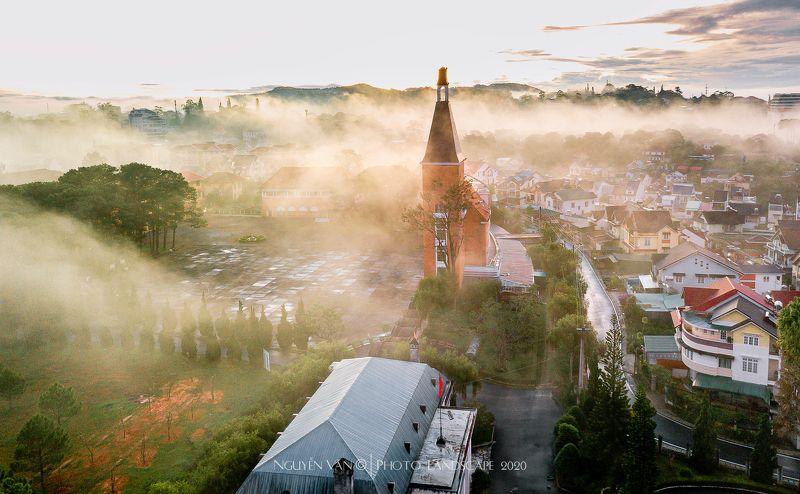 Fog, Cityscape Da Lat 2020photo preview