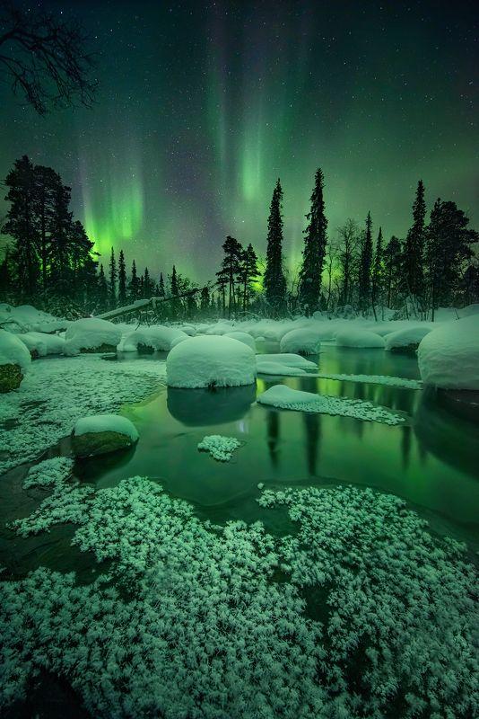 Красота заполярной ночиphoto preview