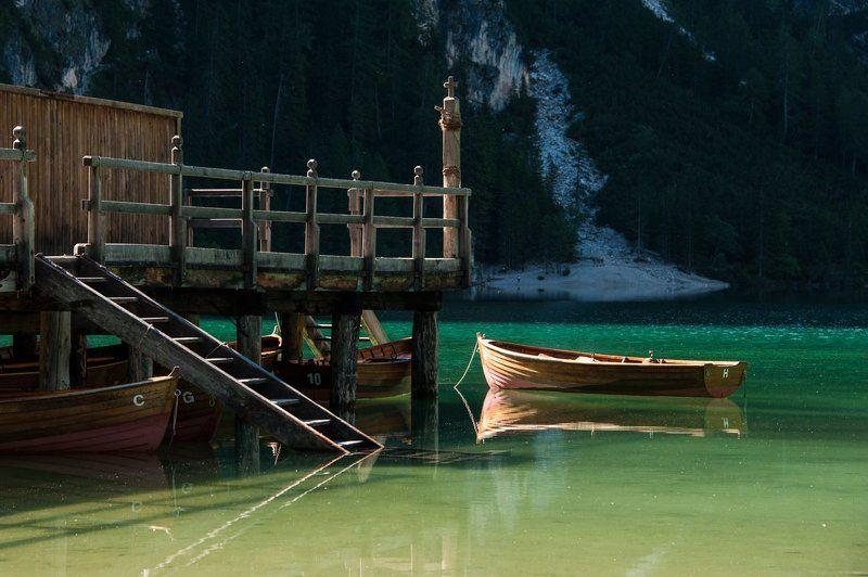 Альпы, Горы, Доломиты, Италия, Лодка, Озеро, Причал, Утро У причалаphoto preview