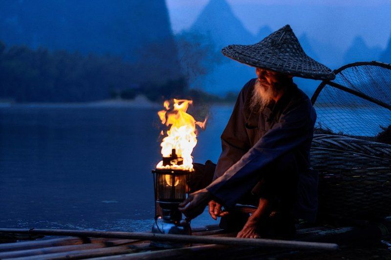 China, Fishing, Баклан, Китай Old Fisherman with Cormorants on the Li riverphoto preview