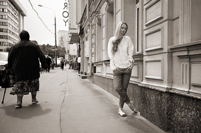балерина в городеphoto preview