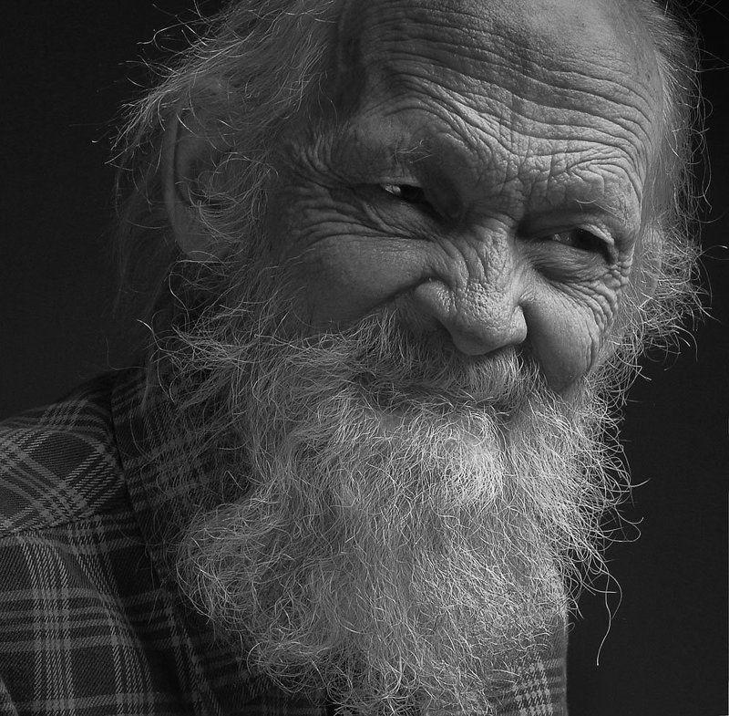 эдуард басов, фотограф, портрет, студийная съемка, чернбелая фотография, мытищи портрет художника Востокова, В.А.photo preview
