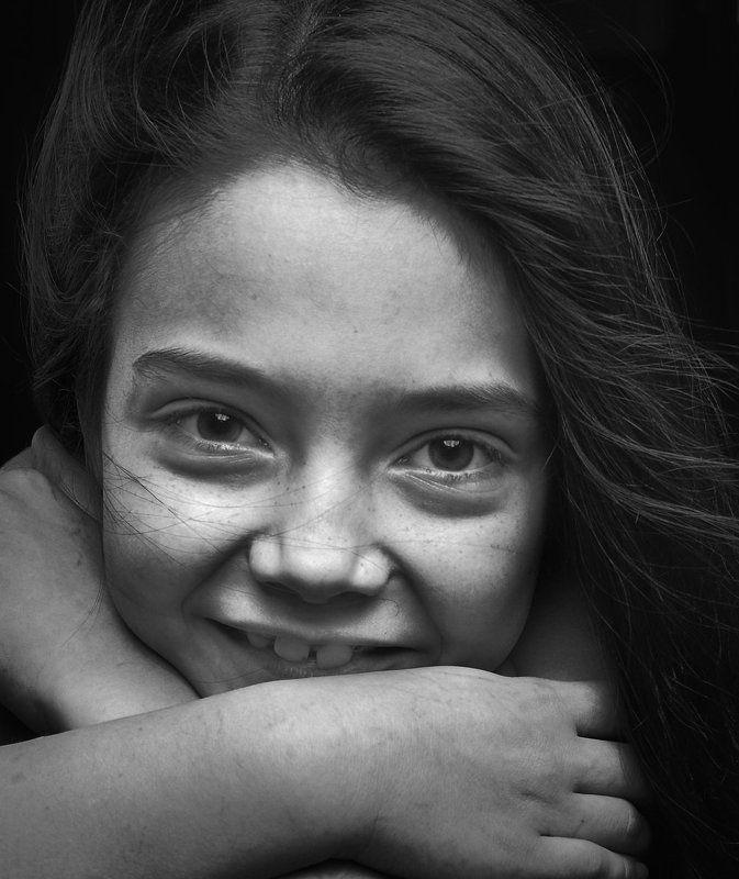эдуард басов, портрет, мытищи, чернобелая фотография, портрет чб заговорщицаphoto preview