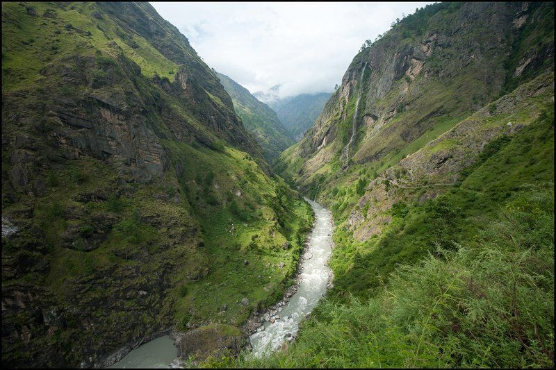 Гималаи, Непал, Осень Монолитный пейзажphoto preview