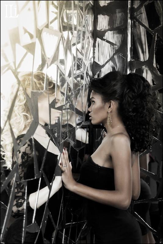 Девушка, Зеркало, Отражение Отражениеphoto preview