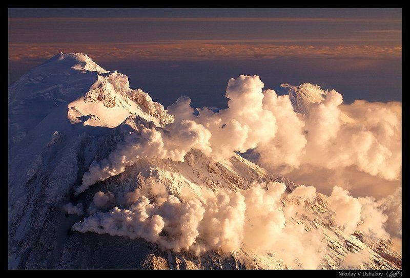 Спящая красавица (вулкан Корякский)photo preview