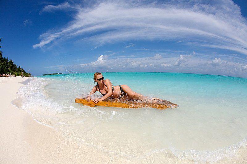 maldive, indian ocean Заплыв на шезлонгахphoto preview