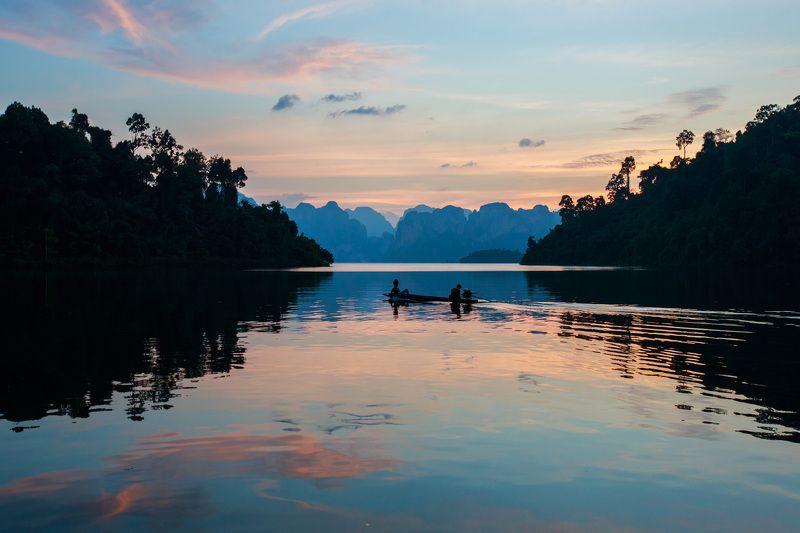 На озере \