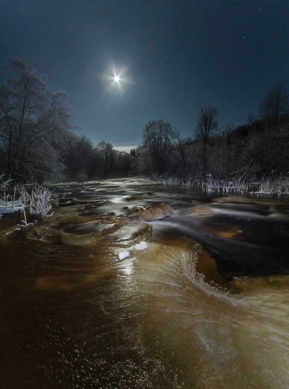 MOON LIGHT RIVER...photo preview