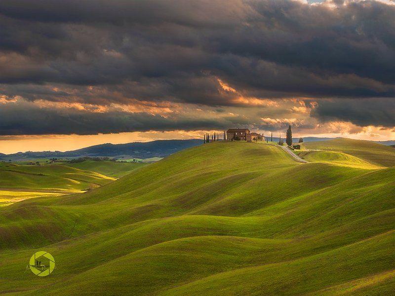 Crete Senesi/ Tuscanyphoto preview