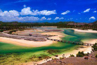 Морское побережье острова Ломбок, Индонезия.