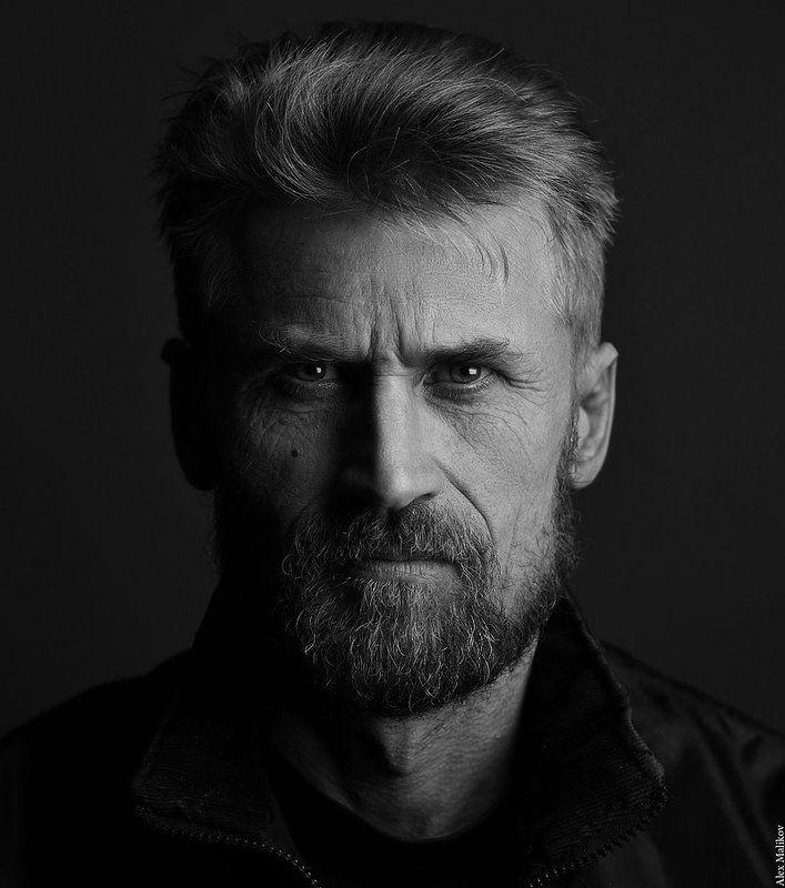 Суровый русский байкерphoto preview