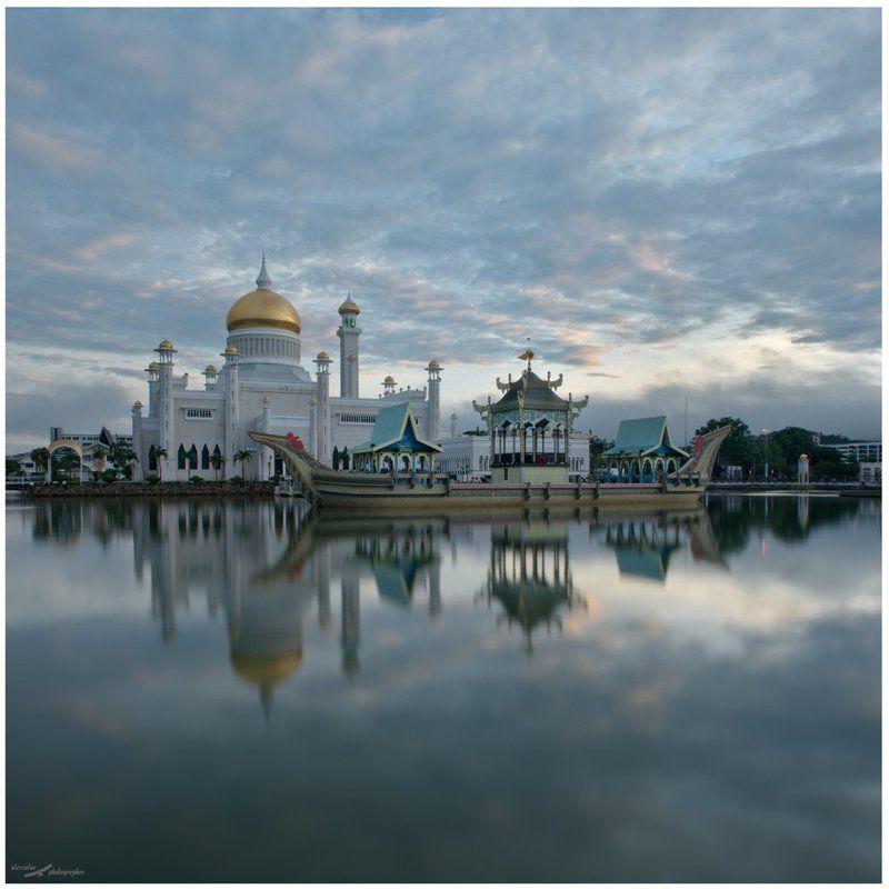 Бандар-Сери-Бегаван, Бруней Мечетьphoto preview