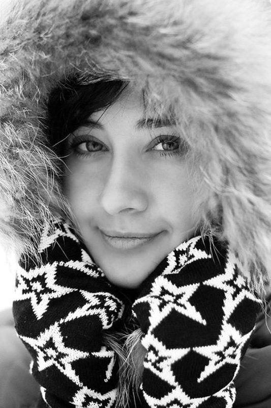чб, портрет, девушка, зимнее Люсяphoto preview