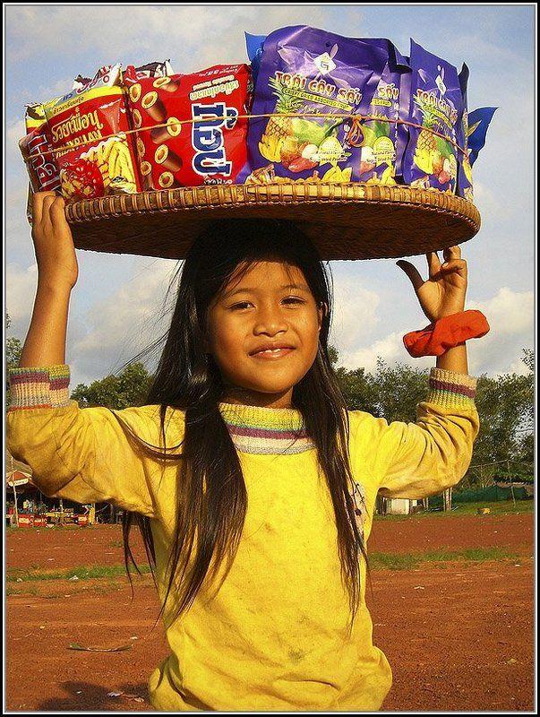 Девочка, Камбоджияphoto preview