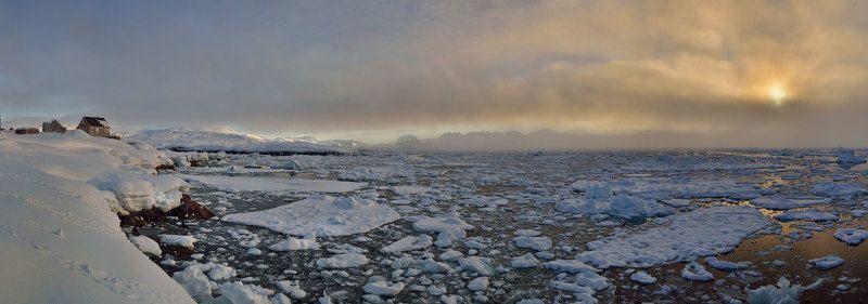 Гренландия, Закат пейзаж, Остров Гренландия панорама, Тассилаг ледяной закатphoto preview