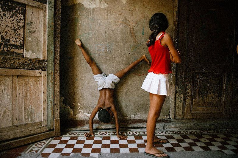 Куба, Сантьяго-де-Куба Мы, ребята-акробатыphoto preview