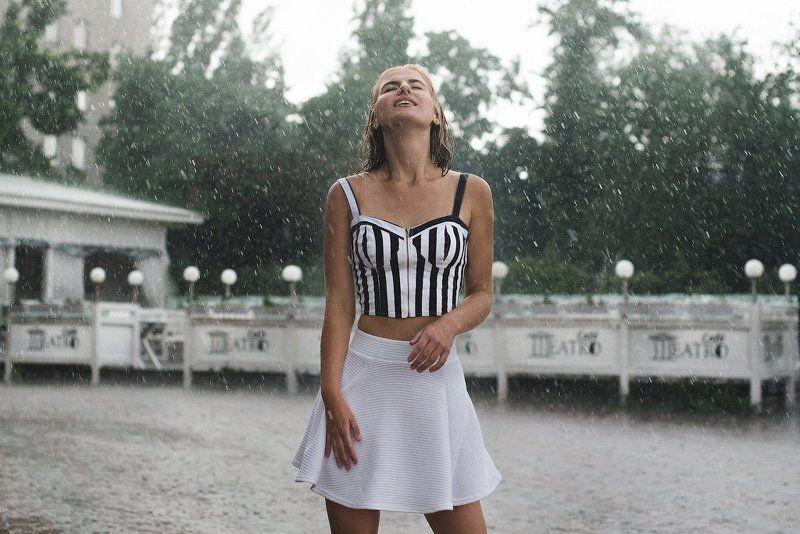 50mm, Girl, Nikon d610, Rain, Белый, Девушка, Дождь, Зеленый, Зелень, Липецк, Никон d610 Катерина под дождемphoto preview
