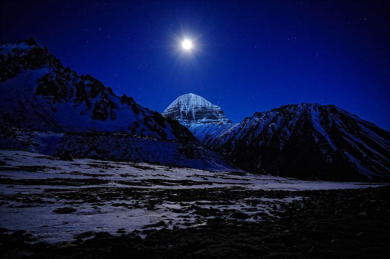 Полная луна над Кайласом.photo preview