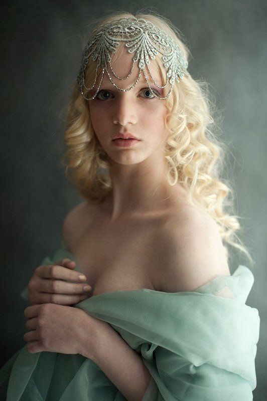 Juli Kirsanova, Photolik, Portrait photo preview