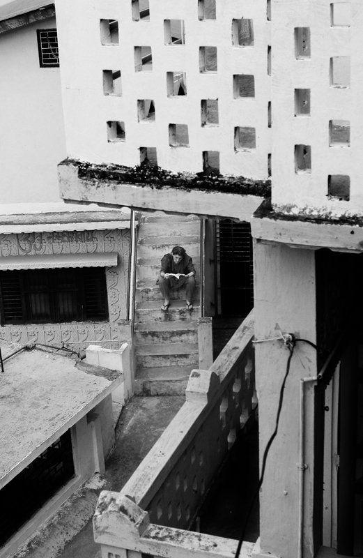 Книга, Лестница, Линии о книгеphoto preview
