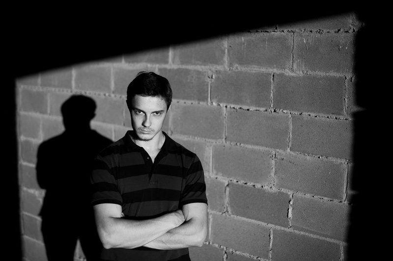 Жесткий свет, Мужской портрет, Портрет, Силуэт, Тень, Чб, Черно-белое, Черно-белое фото ***photo preview