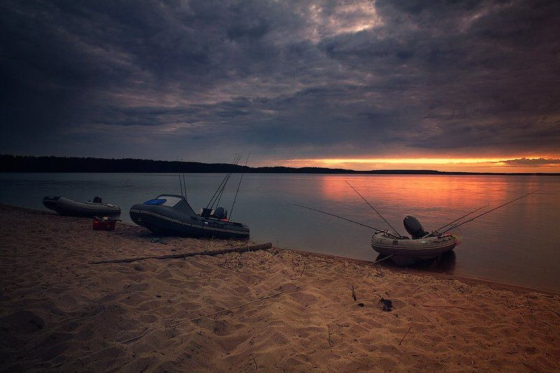 Dyadyavasya, Берег, Вода, Горизонт, Закат, Карелия, Лодка, Озеро, Онежское озеро, Пейзаж, Песок, Рыбалка После вечерней рыбалкиphoto preview