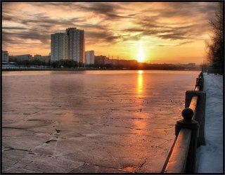 Закат на Москва-реке