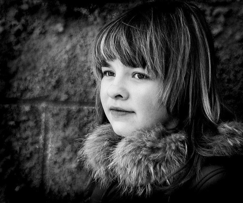 портрет, девушка, грусть Симкаphoto preview