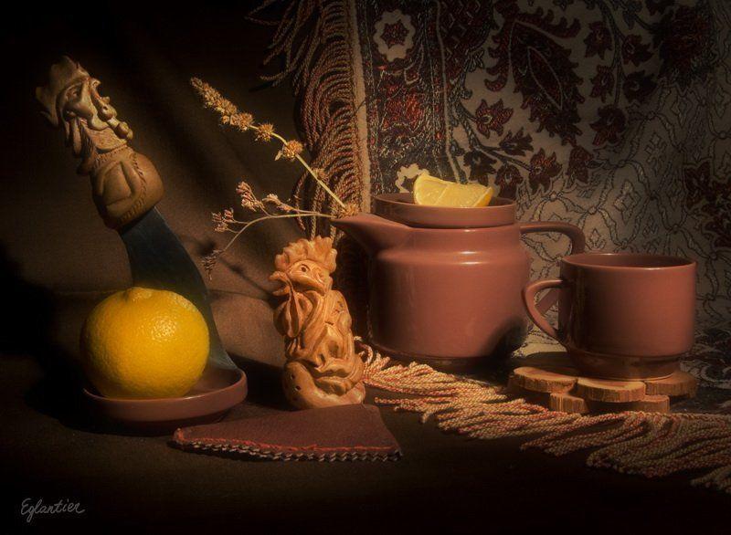 петухи, резьба, дерево, хэндмейд, чайник, чашка, лимон, натюрморт Натюрморт с Деревянными Петушками.photo preview