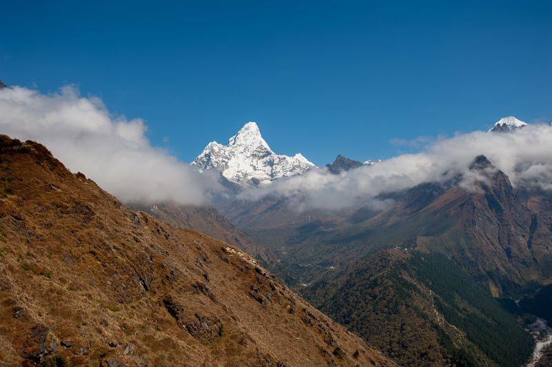 Непал Непал. Ама-Даблам.photo preview