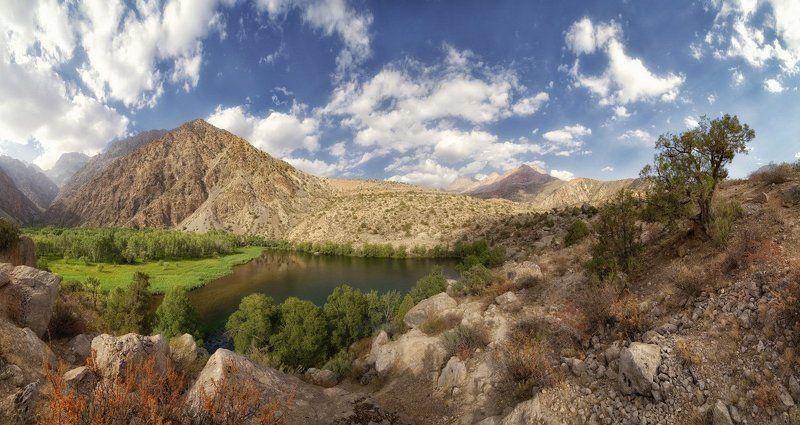 Змеиное озеро. Фаннские горы. Таджикистан.photo preview