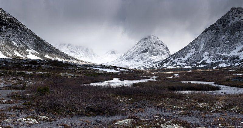 Khibiny, Mountains, Горы, Кольский, Хибины Ослепительное сияние летаphoto preview