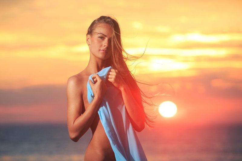 Sunrise Girlphoto preview