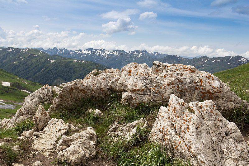 Камни на перевалеphoto preview