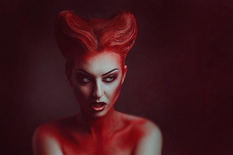 Vampirellaphoto preview