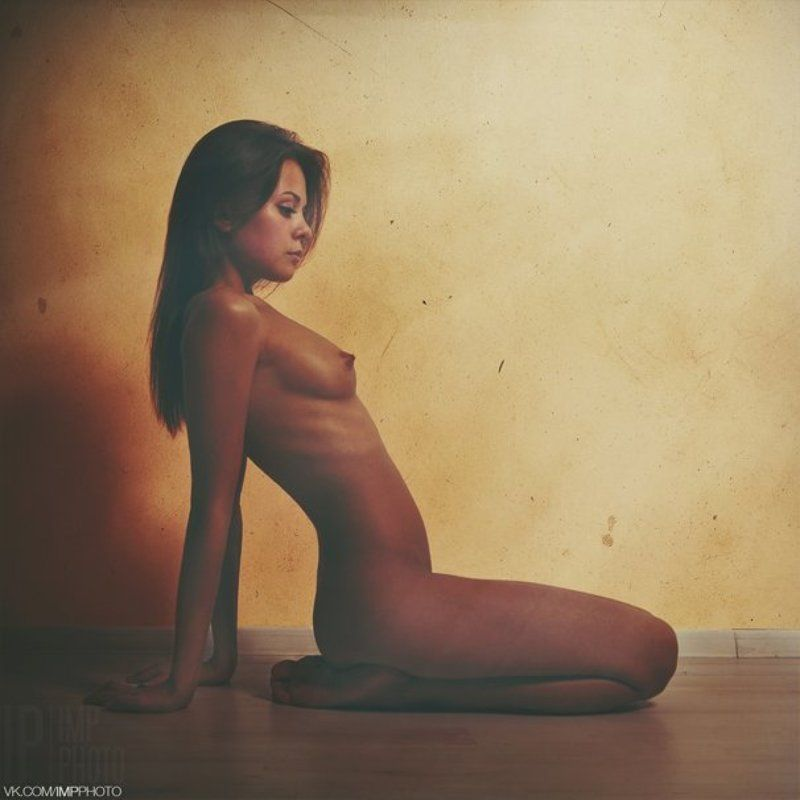 Girl, Light, Nude, Wall, Woman orangephoto preview