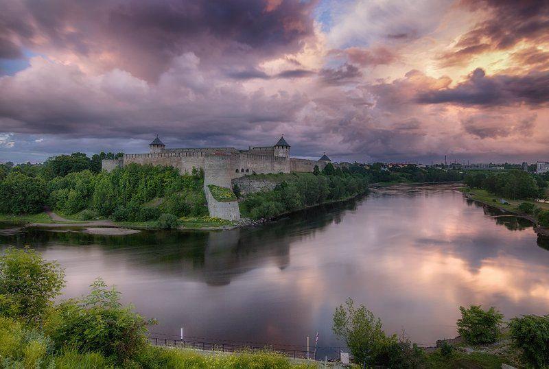 Городской пейзаж, Ивангород, Нарва, Пейзаж Вид на Ивангород со стороны Нарвыphoto preview