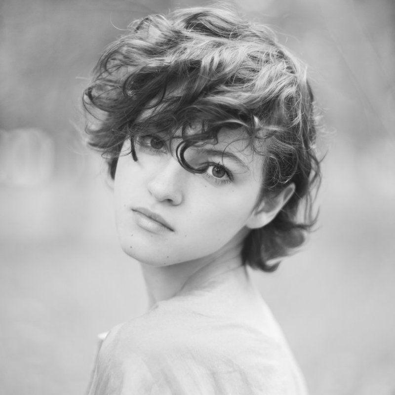 Black & white, Juli Kirsanova, Portrait photo preview