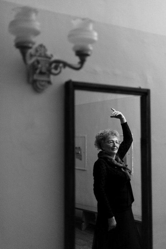 Женщина, Отражение, Репортаж, Рука, Танец, Чб, Черно-белое Фламенкоphoto preview