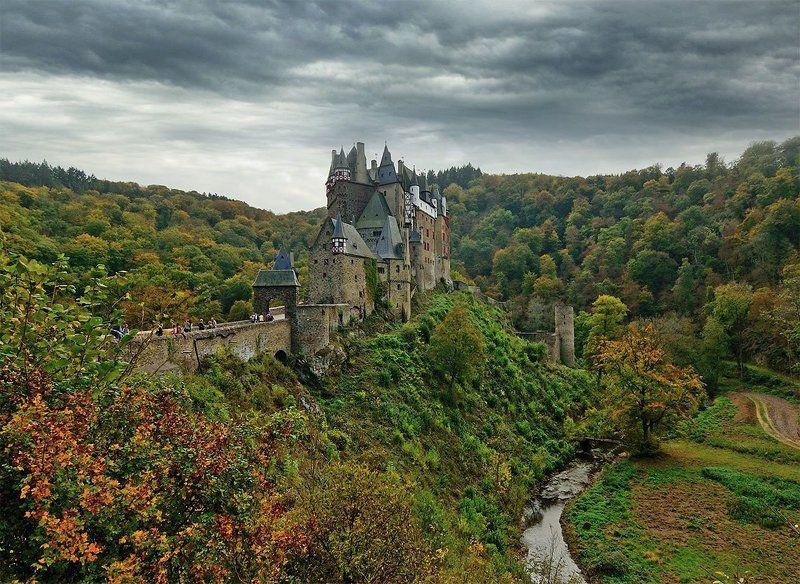 Burg Eltzphoto preview