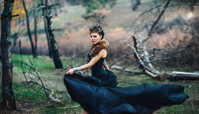 Dark Queenphoto preview