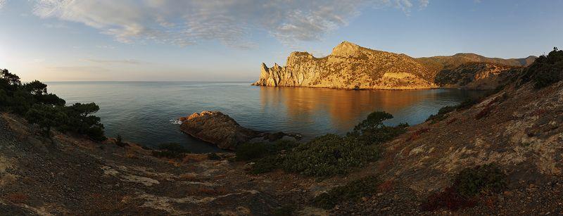 Море. крым. пейзаж. скалы. утро. Осенним утром.photo preview