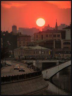 Солнце над городом
