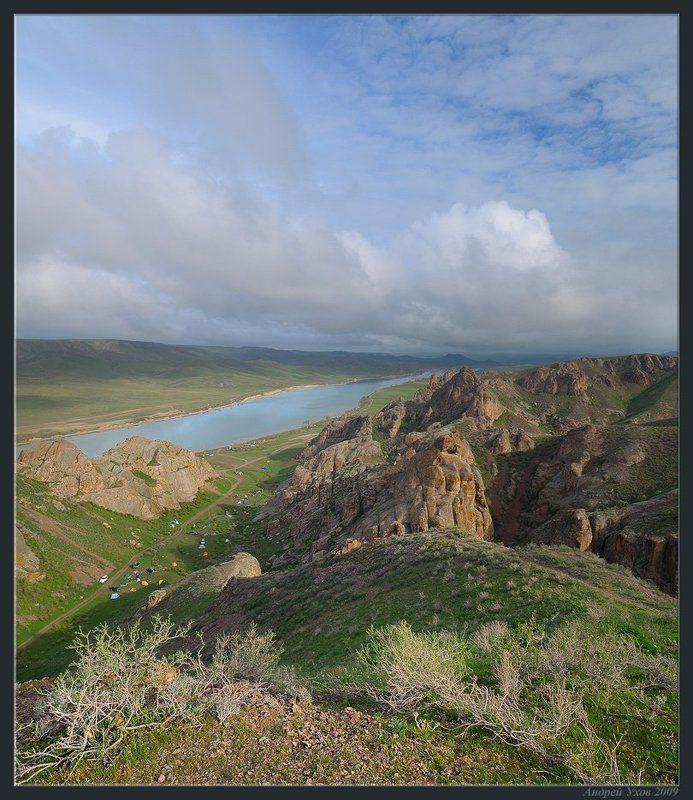 весна,природа,река,скалы,скалолазание,лагерь,утро,облака,степь,кустарник,камни,галька Активный отдыхphoto preview