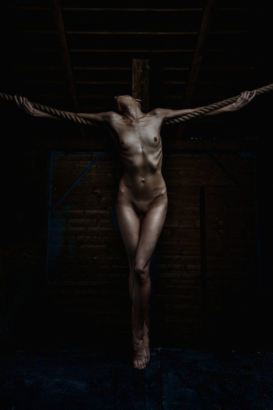 Avatar, Crucifixion, Incarnation, Naked girl, Nude crucifixionphoto preview