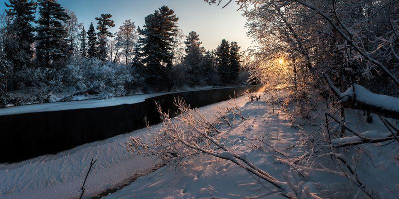 снег, солнце, утро, пейзаж, река Пока река еще не всталаphoto preview
