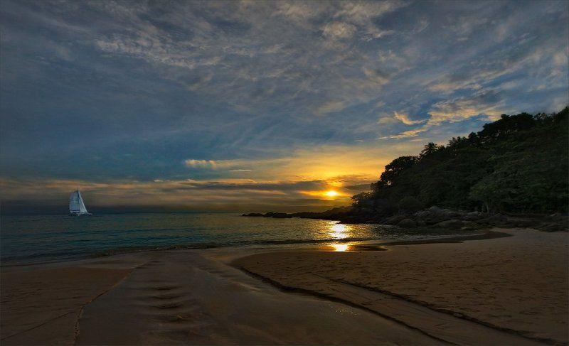 Море Белеет парус одинокий...photo preview