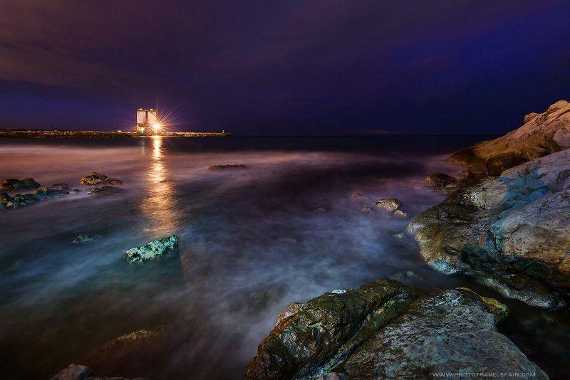 Ocean, Rocks, Sea, Море, Ночь, Свет, Скалы, Средиземное море The Martian Chroniclesphoto preview